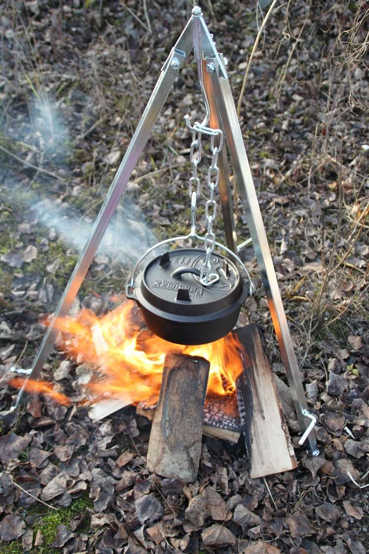 Verhuur Petromax Cooking Tripod + Dutch Oven ft 9